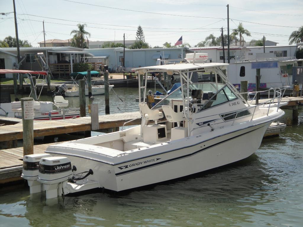 Wholesaleingfla grady white sailfish walk around cuddy for Grady white fishing boats