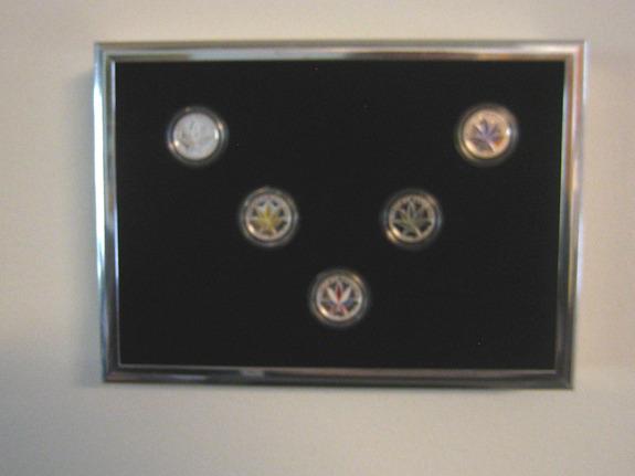 http://imagehost.vendio.com/a/35108634/amotophotoalbum/wall.jpg