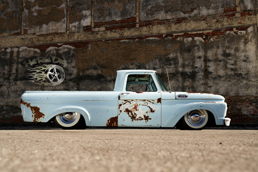 seven mile ford single men The ford f-150 pickup truck may be the ultimate chick magnet  52-liter v-10  coupled with a seven-speed dual-clutch automatic that  the car scorches a  quarter-mile run in 114 seconds at 127 mph and reaches 150 mph in 177  seconds  most single adults, both women and men, will agree: it's what's.