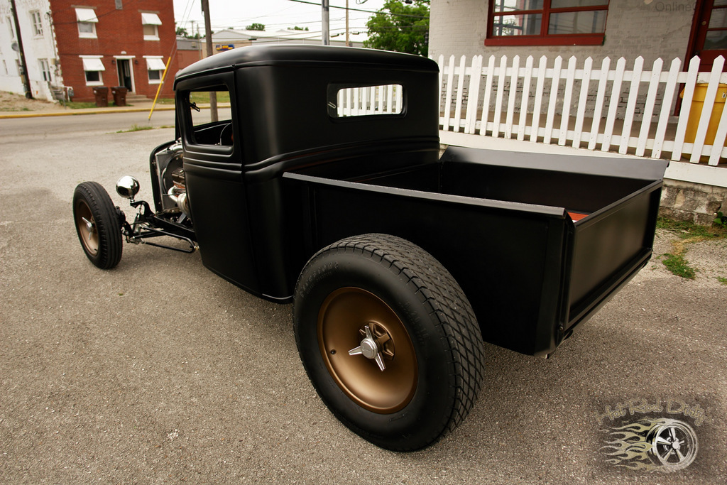 Granny deserves Street rod probems with shaved doors
