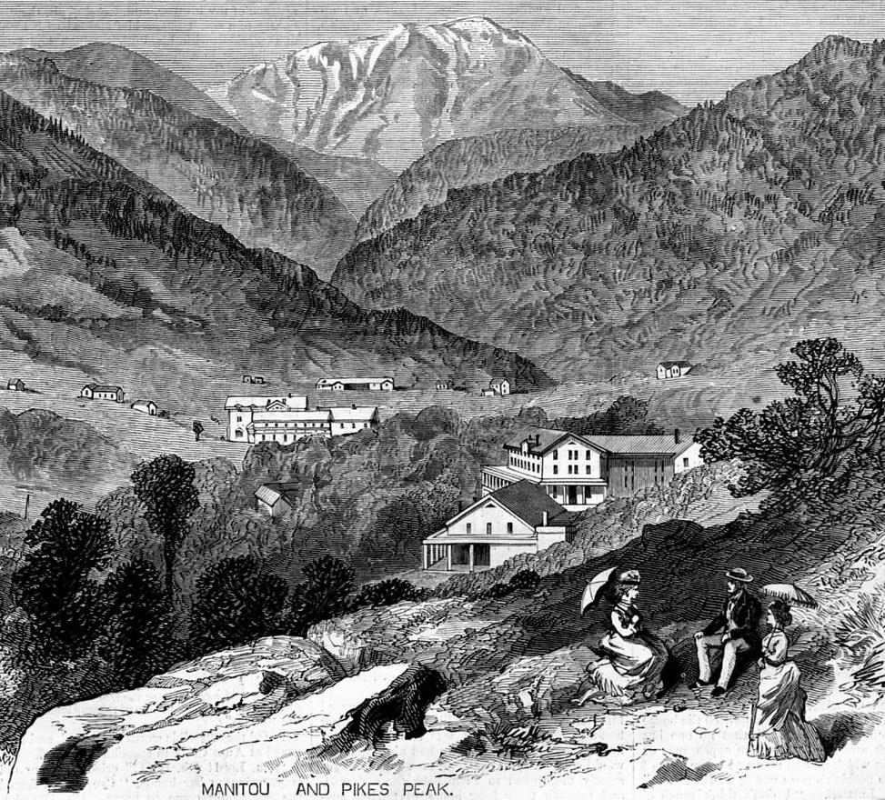 Pikes Peak In Colorado Springs: SIGNAL STATION PIKES PEAK, MANITOU SPRINGS, COLORADO